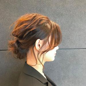 スーツに合わせる髪型を知りたい!大人女子のおすすめヘアアレンジ9選