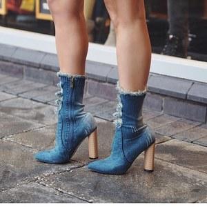 夏でも履きたいブーツ!人気の着こなしやおすすめコーディネート
