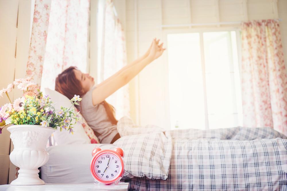 7時に起きた女性