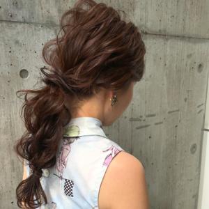 まとめ髪の簡単アレンジ9選!長さやシーン別のおすすめヘアアレンジは?