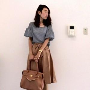 OL向けの服装9選!人気アイテムや通勤コーディネートのコツとは