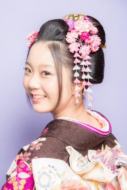 白無垢に似合う日本髪
