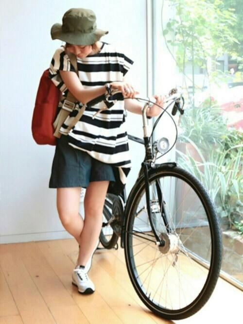 夏のサイクリングの服装