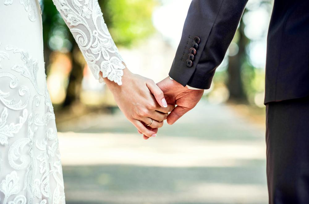 夫婦別姓のカップル