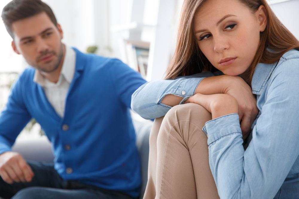 既婚者の彼を好きになって辛い思いをしている女性