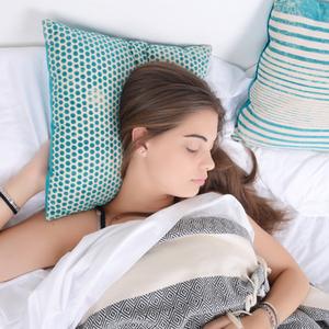 メイクを落とさず寝た翌日…肌をリカバリーするためのケア方法