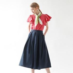 定番フレアスカートはどうコーデする?丈の長さやタイプ別にご紹介