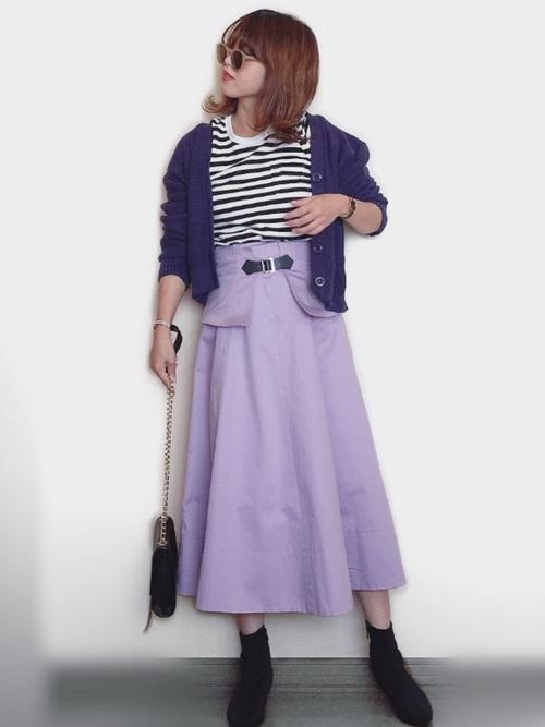 フレアスカート×ソックスブーツ