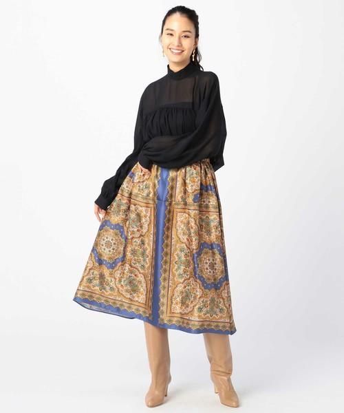 スカーフ風プリントスカート
