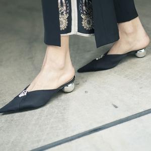 2018年レディース靴の流行は?シューズやパンプスのトレンド動向
