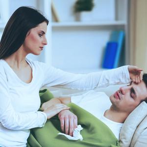 彼氏が体調不良に!会えない時やLINEなど、愛され彼女のベストな対応って?
