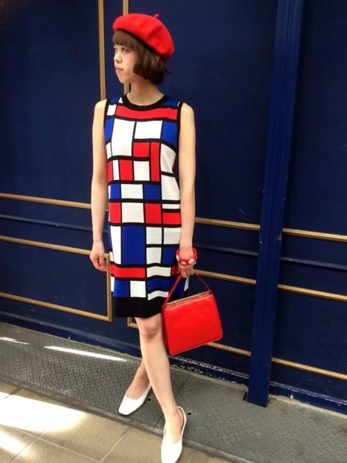 モンドリアンルックの60年代ファッションコーデ