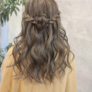 華やかウォーターフォールのアレンジ9選!二度見する素敵な髪型で差をつけて